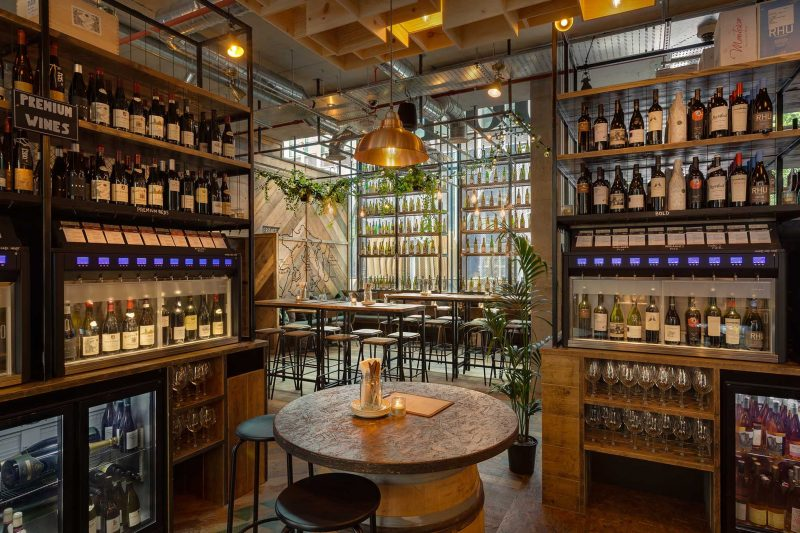 vagabond wine bar